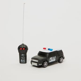 سيارة موديل بي يي بتحكم لاسلكي