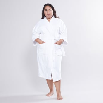 Textured Bathrobe with 3/4 Sleeves and Tie Ups - Medium