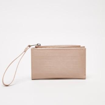 محفظة بارزة الملمس بطيّة مزدوجة وحزام معصم