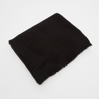 Textured Scarf with Frayed Grazers