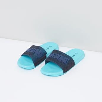 حذاء خفيف منقوش