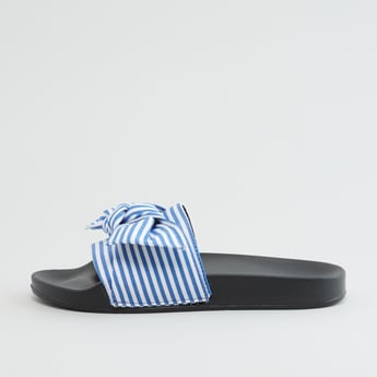 Striped Slides with Knot Detail