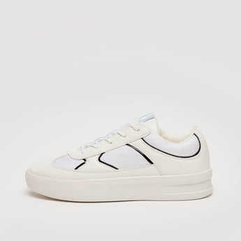 Stripe Detail Lace Up Sports Shoes