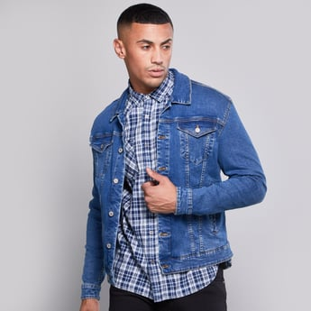 Denim Trucker Jacket with Buttoned Flap Pockets