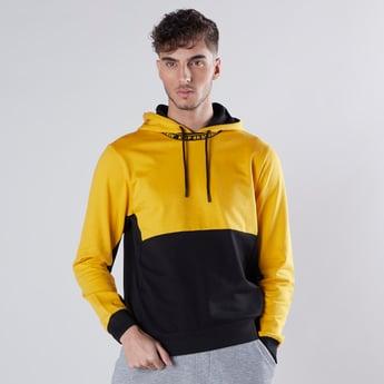 Slim Fit Printed Colourblock Hoodie with Long Sleeves