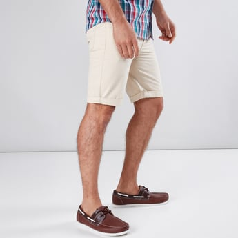 5 Pockets Shorts with Button Closure