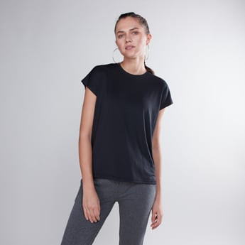 Textured T-shirt with Round Neck and Extended Sleeves