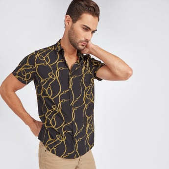Slim Fit Chain Print Shirt with Short Sleeves