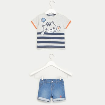 Embroidered Short Sleeves T-shirt with Denim Shorts