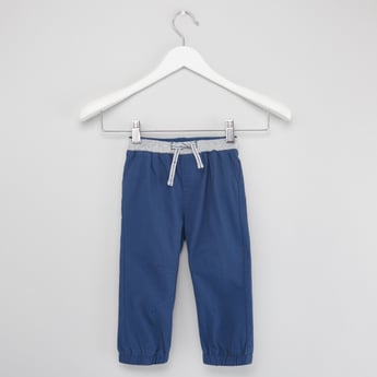 Solid Jog Pants with Drawstring and Pocket Detail