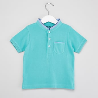 Textured Polo T-shirt with Mandarin Neck and Short Sleeves