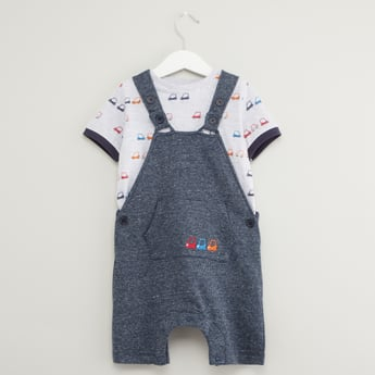 Printed Short Sleeves T-shirt with Textured Dungarees