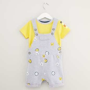 Solid Short Sleeves T-shirt with Dungarees
