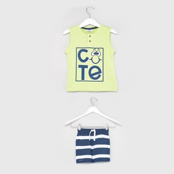 Text Print Sleeveless T-shirt with Striped Shorts
