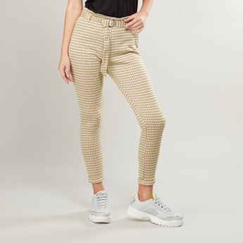 Checked Ankle Length Trousers with Fabric Belt