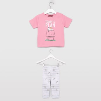 Snoopy Print Round Neck T-shirt and Pyjama Set