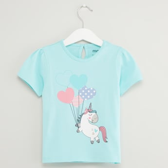 Unicorn Print T-shirt with Round Neck and Short Sleeves