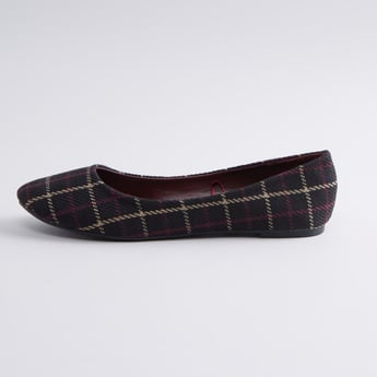 Chequered Ballerina Shoes