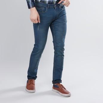 بنطال جينز غامق بطول كامل وزر للإغلاق بقصة مطابقة للجسم