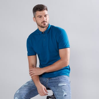 Solid Polo Neck T-shirt with Short Sleeves and Tipping Detail