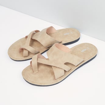 Textured Toe Ring Slip-On Sandals