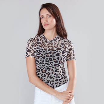 Animal Printed Top with High Neck and Short Sleeves