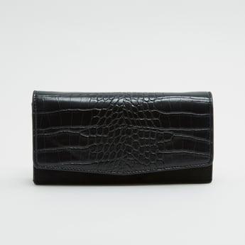 محفظة بارزة الملمس مع حزام قابلٍ للتعديل