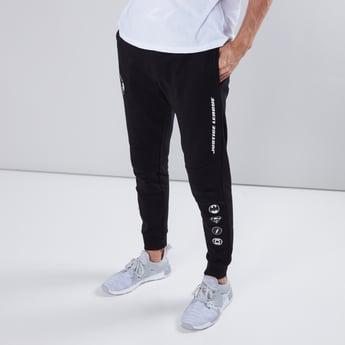 Justice League Printed Jog Pants in Slim Fit with Pocket Detail