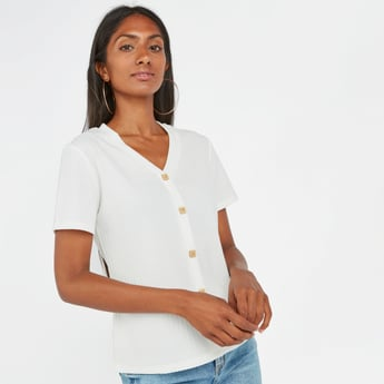 Ribbed Top with V-neck and Short Sleeves