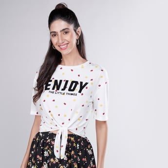 Printed Round Neck T-shirt with Short Sleeves and Front Knot Styling