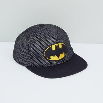 قبعة كاب بتزيينات باتمان مطرزة