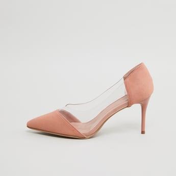 حذاء كلاسيكي بارز الملمس بكعب ستيليتو