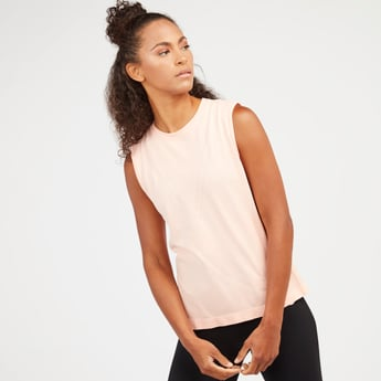 Textured Sleeveless T-shirt with Round Neck