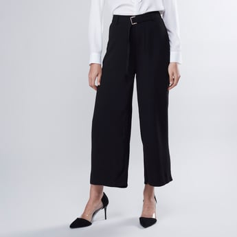 Plain Mid-Rise Culottes with Pocket Detail and Belt