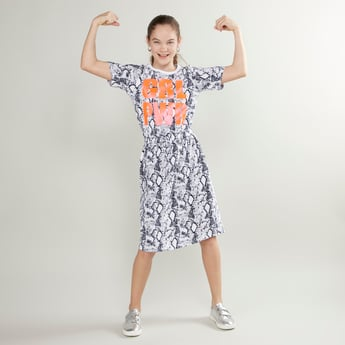 Printed Dress with Short Sleeves and Tie Ups