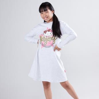 فستان بياقة مستديرة وأكمام طويلة مع طبعات هالو كيتي