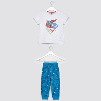 Superman Print Round Neck T-shirt with Full Length Pyjama Pants