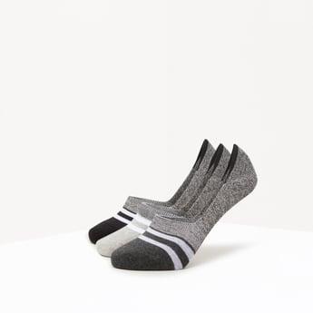 جوارب قطنيّة بارزة الملمس- طقم من 3 أزواج