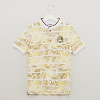 Palm Leaf Print Henley T-shirt with Short Sleeves