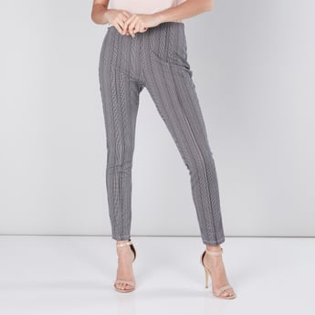 Printed Full Length Mid-Rise Ponte Pants in Regular Fit