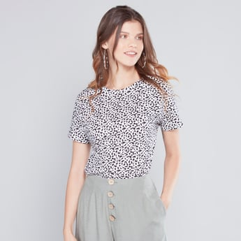 Animal Printed T-shirt with Round Neck and Short Sleeves