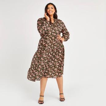 فستان بياقة V وأكمام بيشوب وطبعات