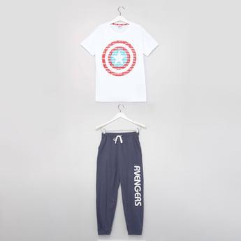 Captain America Print Round Neck T-shirt and Pyjama Set
