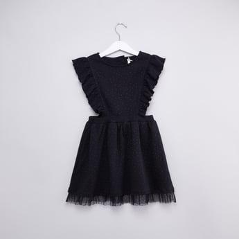 فستان بارز الملمس بدون اكمام  بياقة مستديرة مع تفاصيل كشكش