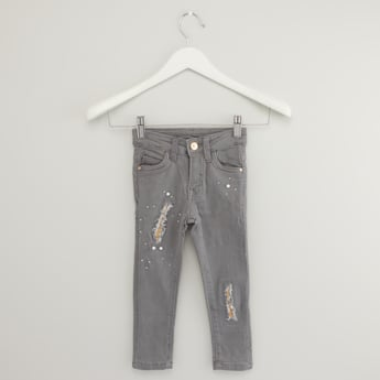 Distressed Jeans with Pocket and Pearl Detail