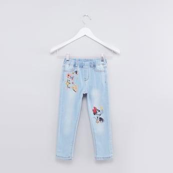 بنطال جينز بتطريز ميني ماوس وخصر مطاطي