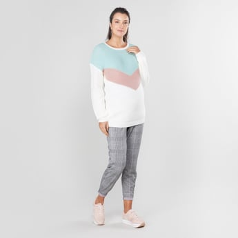Maternity Textured Sweater with Round Neck and Long Sleeves