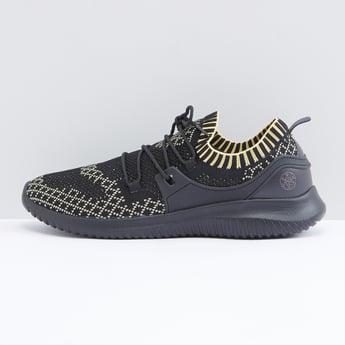 حذاء سنيكرز شبكي