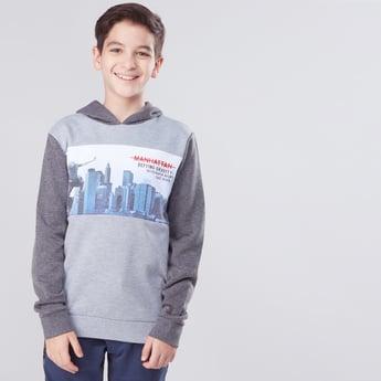 Printed Long Sleeves Hooded Sweatshirt