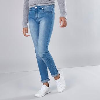 Skinny Fit Floral Embroidered 5-Pocket Jeans